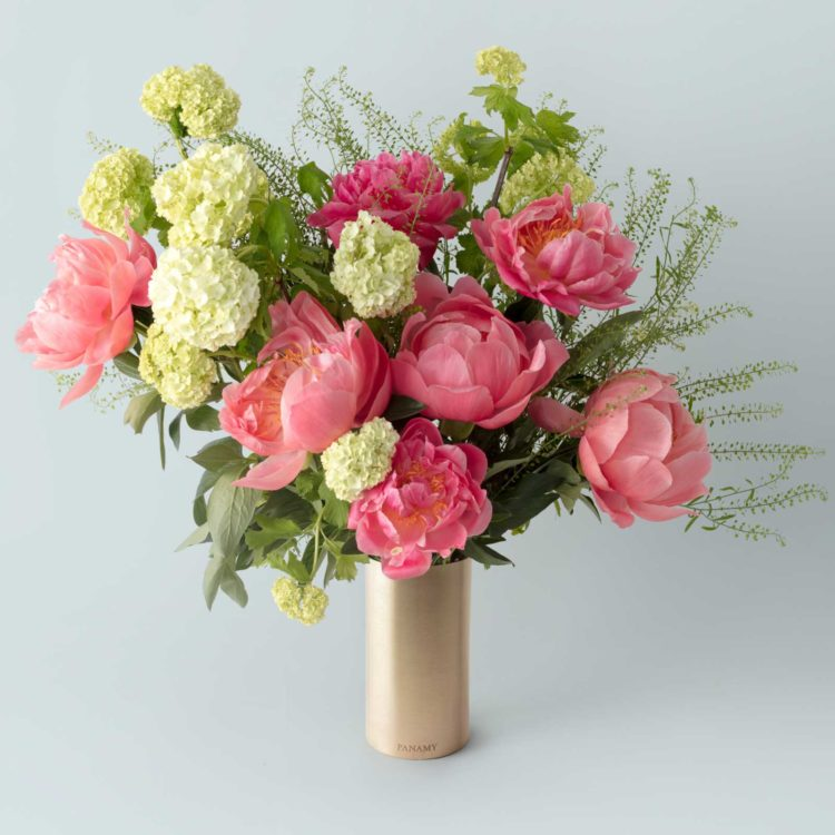 Il Pagallo - Peonie Bouquet - with Vase - Flowerbag Collection - PANAMY Flowers Switzerland