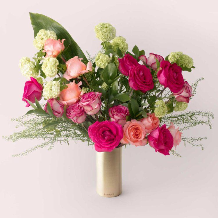 L'Ilario - with Vase - Bouquet - Flowerbag Collection - PANAMY Flowers Switzerland